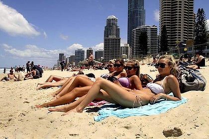 Schoolies@Surfers Paradise=not all bad